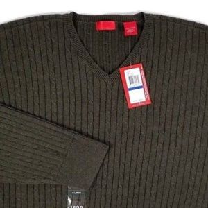 IZOD LUXURY SPORT V-Neck Cable Knit Sweater